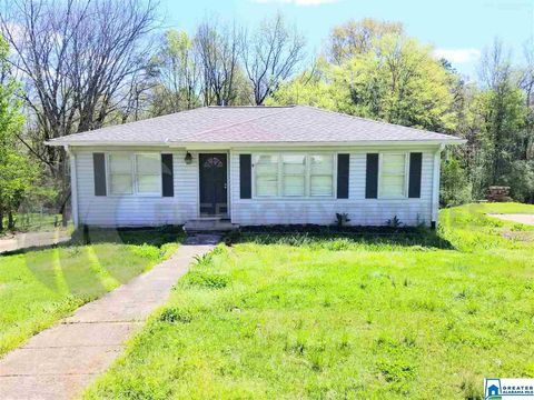 Photo of 5821 Walnut Grove Rd, Birmingham, AL 35215
