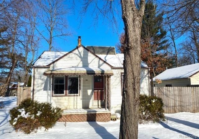 9212 Millward Ave White Lake, MI 48386
