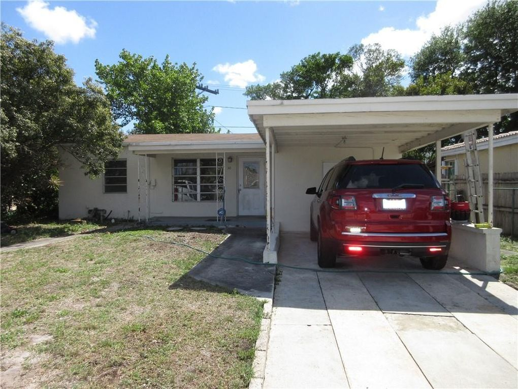 30 NW 56th St Oakland Park, FL 33309