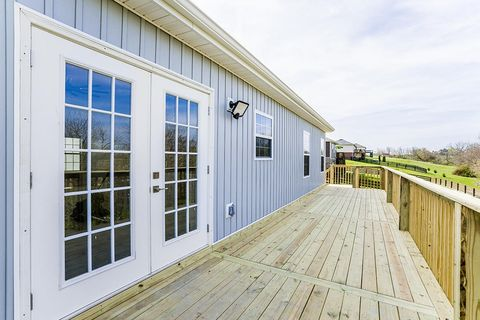 Photo of 117 Crossing View Dr, Berea, KY 40403