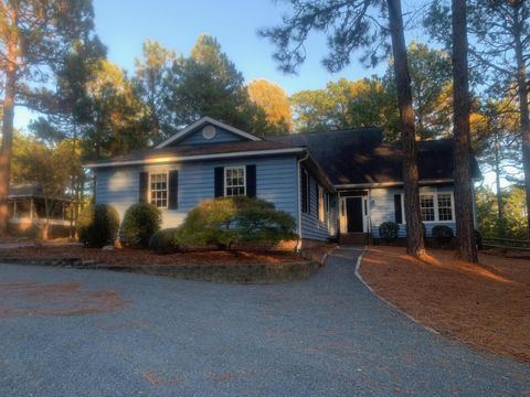 Photo of 127 Hastings Rd, West End, NC 27376