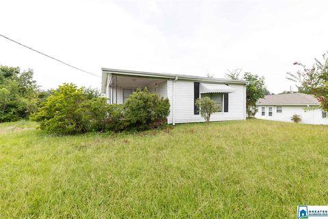 Photo of 920 Main St S, Graysville, AL 35073
