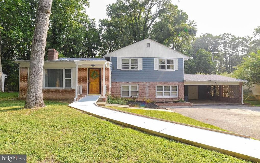 45806 Hickory Ln Lexington Park, MD 20653