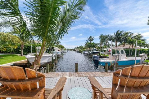 Photo of 164 Country Club Dr, Tequesta, FL 33469
