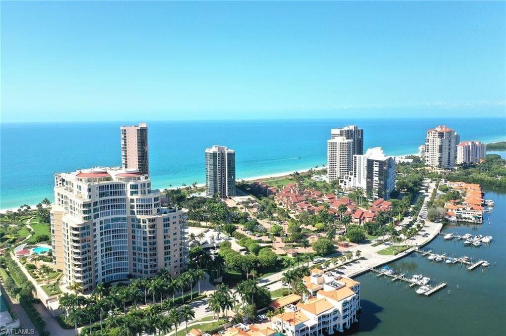 4501 Gulf Shore Blvd N Apt 305 Naples, FL 34103