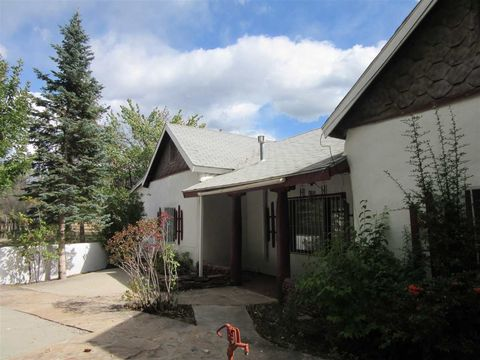 Photo of 47 Valerio Rd, Ranchos de Taos, NM 87557