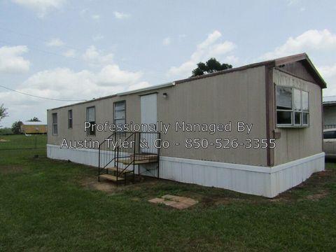 Photo of 2830 J R Dr, Cottondale, FL 32431