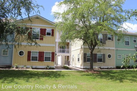 Photo of 5 Cassandra Ln Apt B, Bluffton, SC 29910