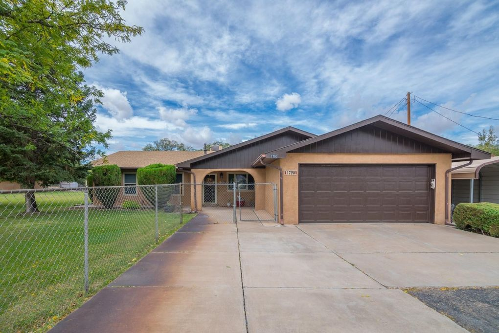 1790 Wasmer Cir Bosque Farms, NM 87068