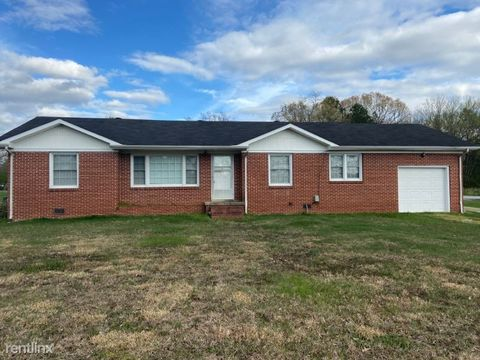 Photo of 1605 Mc Arthur St, Manchester, TN 37355