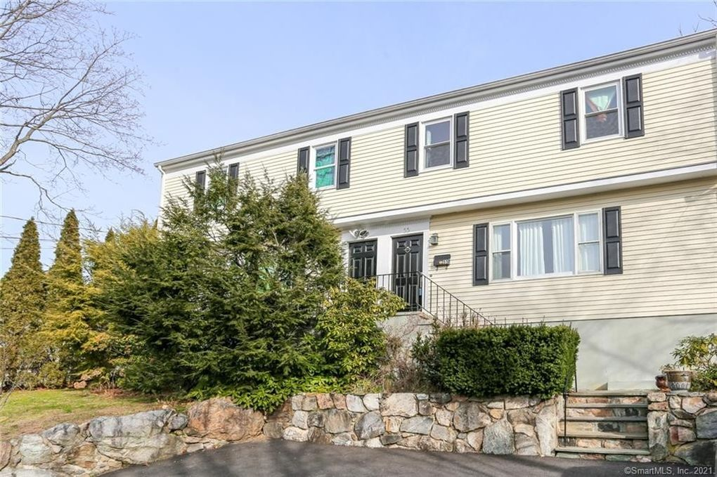 55 Forest St Unit 55 New Canaan, CT 06840