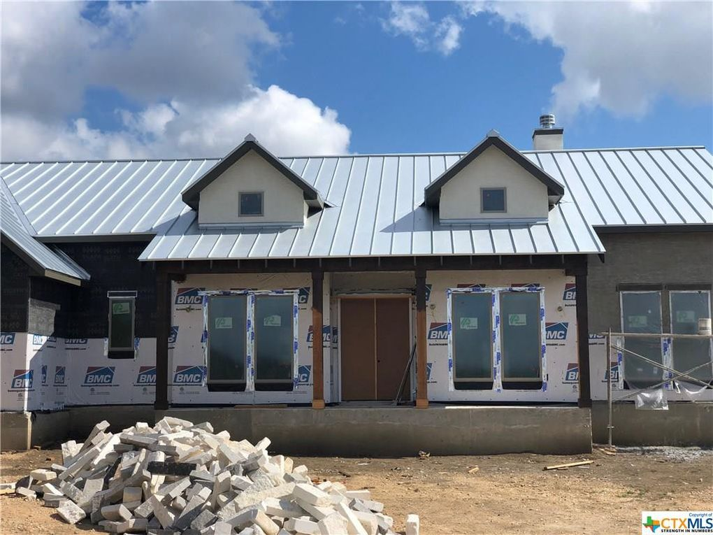 1320 Trentino New Braunfels, TX 78132