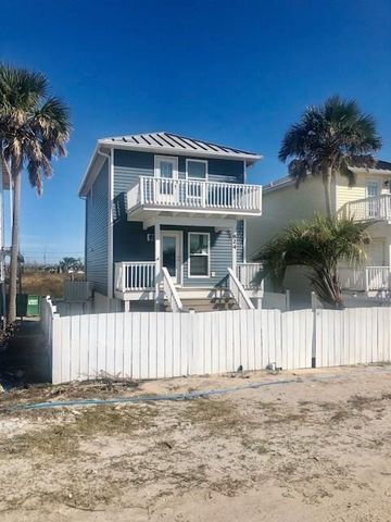 Photo of 824 Oleander Ave, Mexico Beach, FL 32456