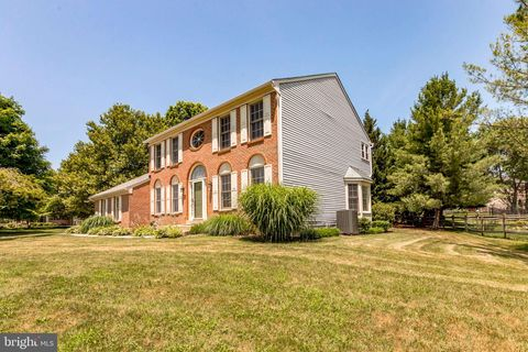 Photo of 6121 Cool Spring Ter N, Frederick, MD 21701