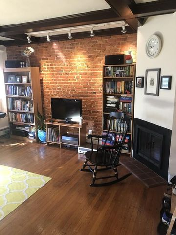 Photo of 39 South St Apt 5, Boston, MA 02135