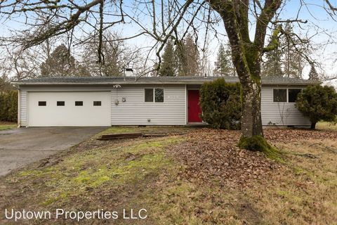 Photo of 8775 Sw Oak St, Tigard, OR 97223