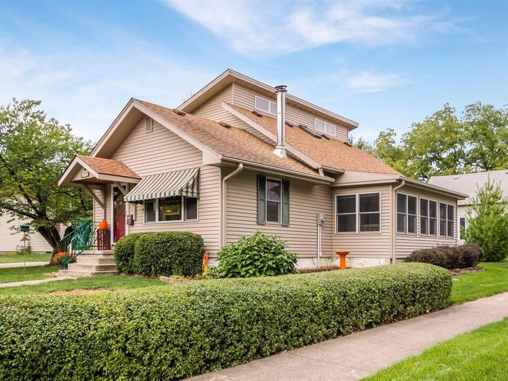 410 E Boston Ave, Indianola, IA 50125