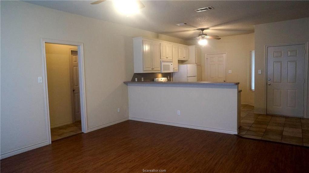 3505 Marigold St, College Station, TX 77845
