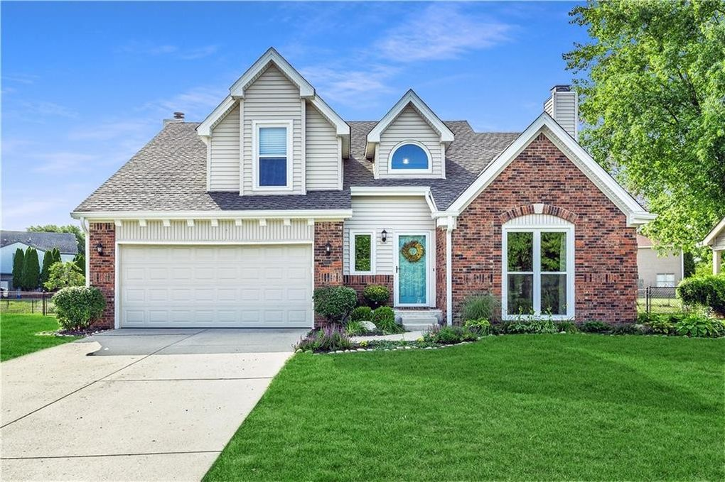 8911 White Fir Dr Indianapolis, IN 46256
