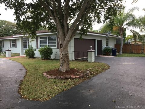 17344 Sw 88th Ave, Palmetto Bay, FL 33157