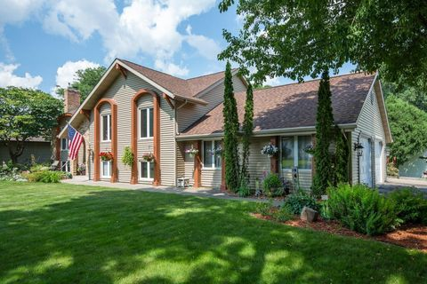 Homes For Sale near Valley Middle School - Apple Valley, MN Real