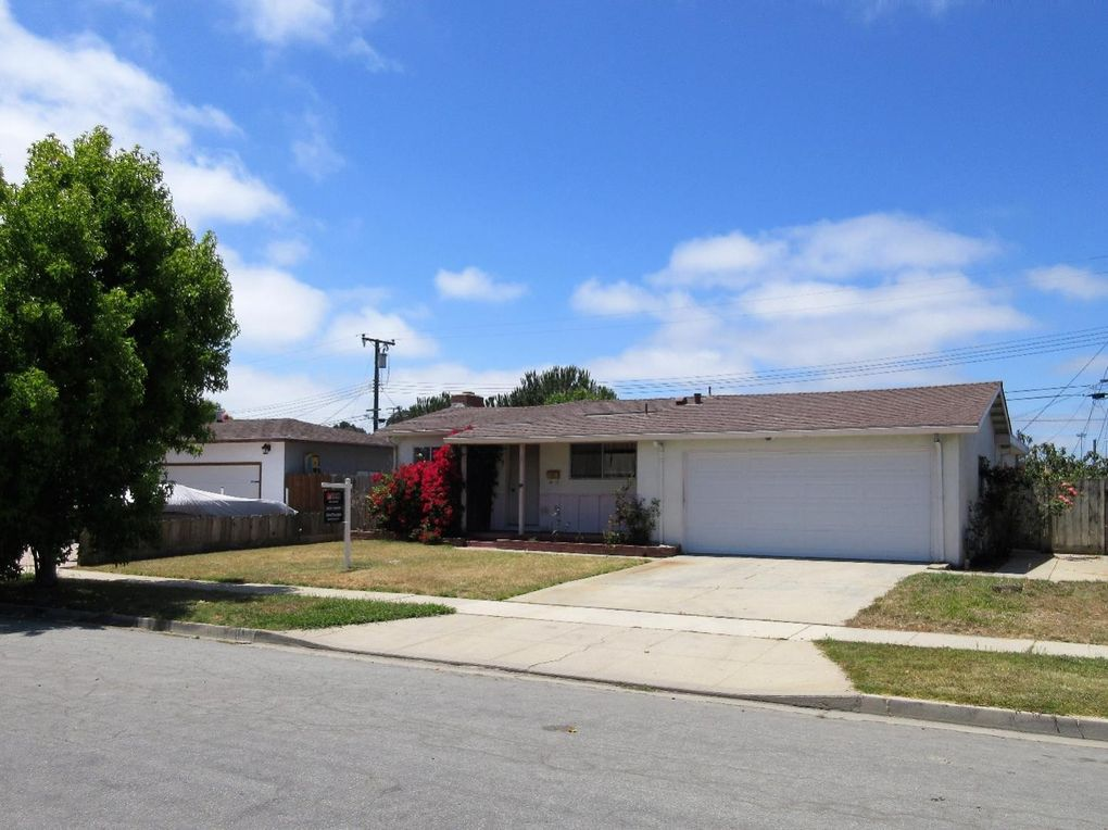 43 Saint Brendan Way, Salinas, CA 93906