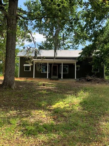 Photo of 1400 Harbor House Dr, Manning, SC 29102