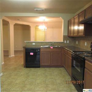 408 Taurus Dr, Killeen, TX 76542   Kitchen
