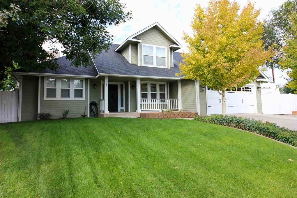 2251 Pine Terrace Ct, Grand Junction, CO 81507