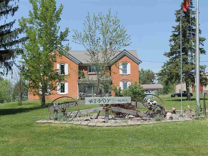 Country Home Wausau For Sale