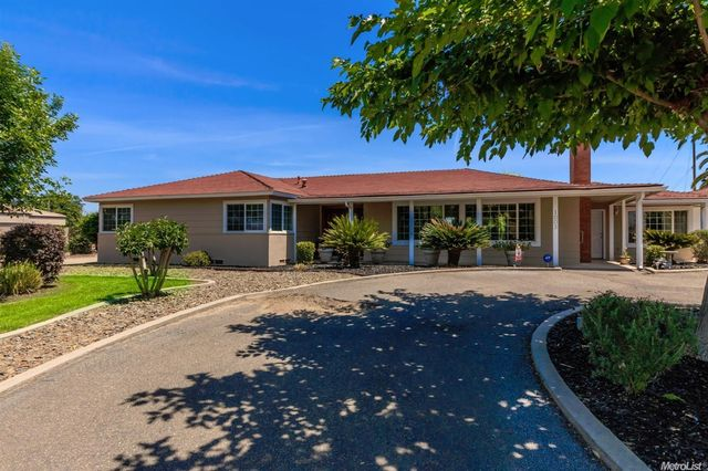 1003 s yosemite ave oakdale ca 95361 home for sale