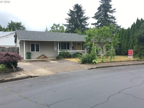 1435 Edison Ave, Cottage Grove, OR 97424