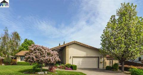 With Swimming Pool Homes For Sale In Tracy Ca Realtor Com