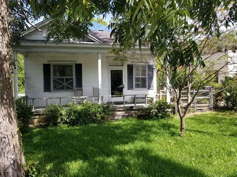 Pleasing 2319 Market St Wilmington Nc 28403 Home Interior And Landscaping Analalmasignezvosmurscom
