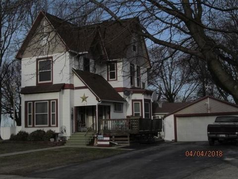 Photo of 107 N East St, Orient, IA 50858