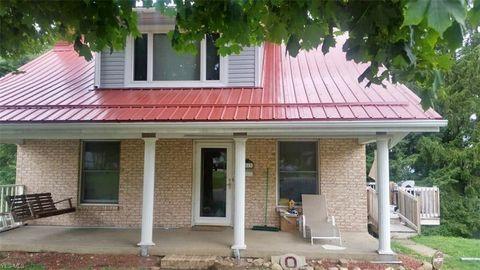 Photo of 3813 Stratford Blvd, Steubenville, OH 43952