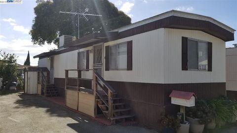 3499 E Bayshore Rd Spc 58, Redwood City, CA 94063