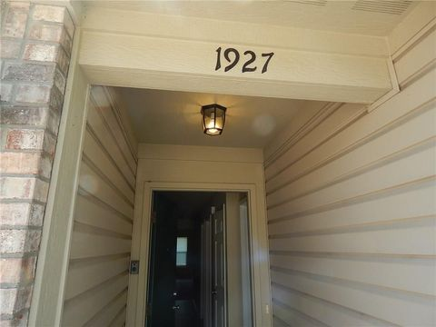 Photo of 1927 Lisa Walk Dr, Indianapolis, IN 46227