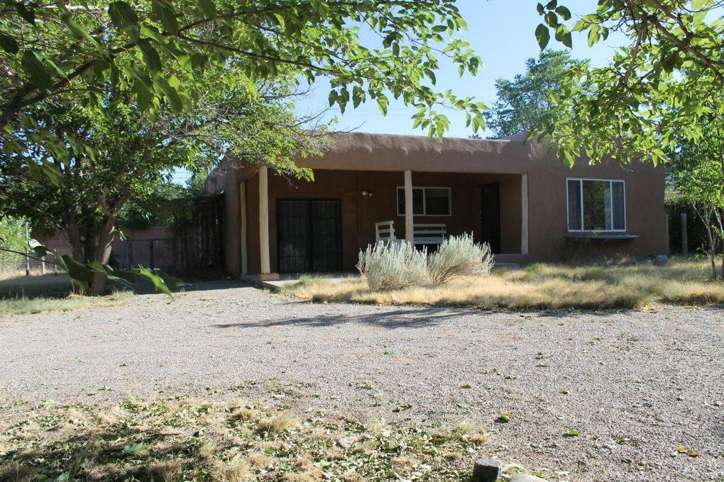 1411 Montana Vista St Espanola, NM 87532
