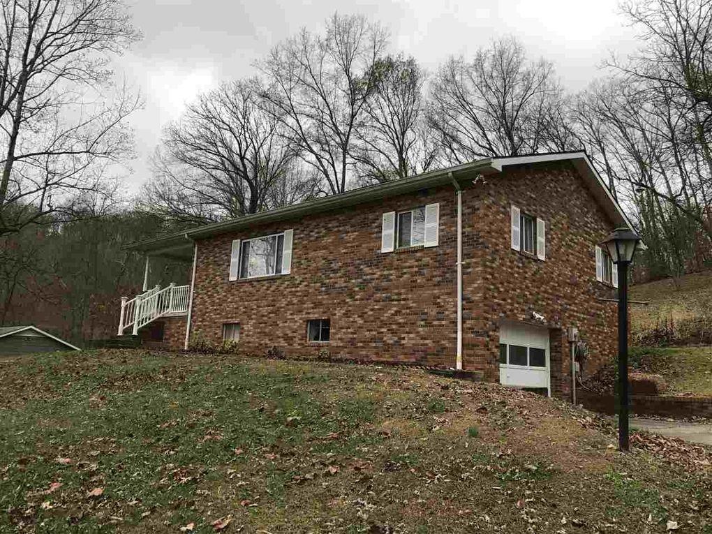 447 Hidden Valley Rd, Kenova, WV 25530 - realtor.com®