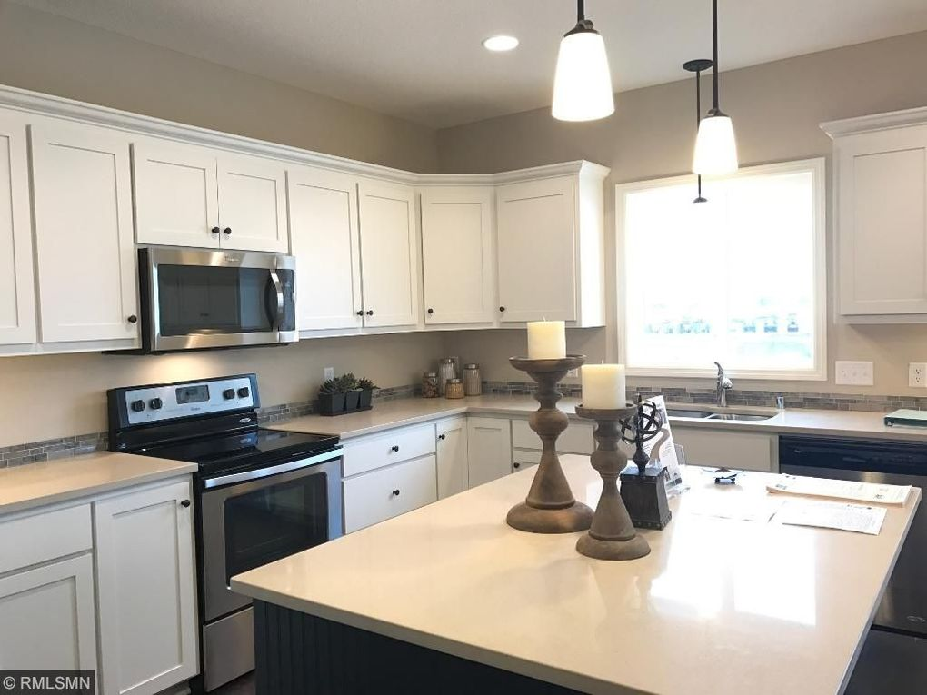 17909 Equinox Ave, Lakeville, MN 55044