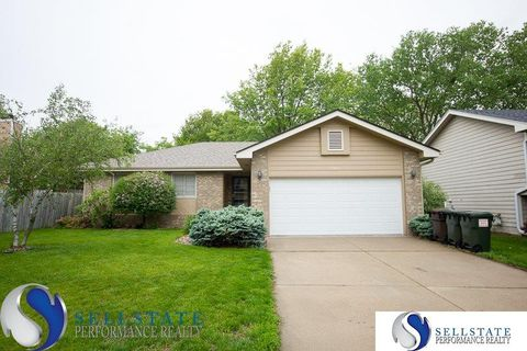 Photo of 5821 Limestone Rd, Lincoln, NE 68512