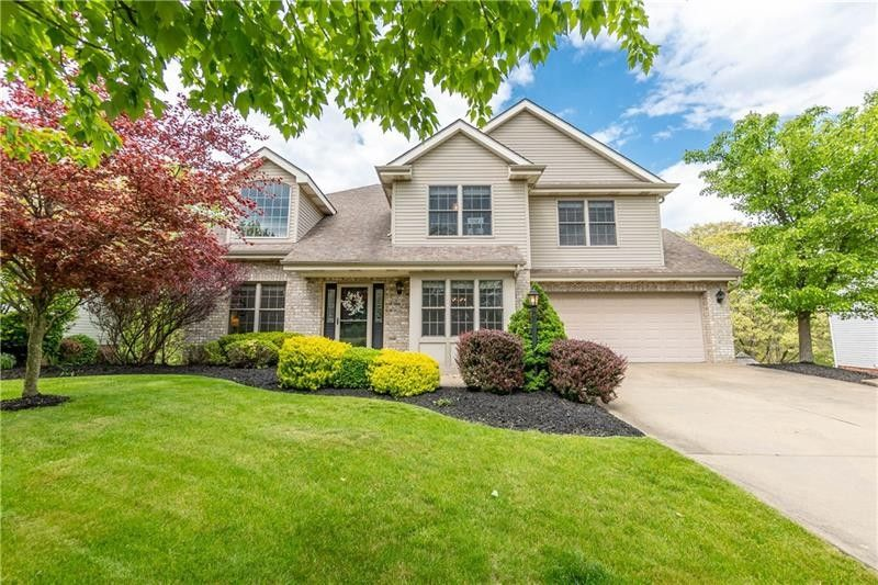327 Cottingham Cir Cranberry Township, PA 16066
