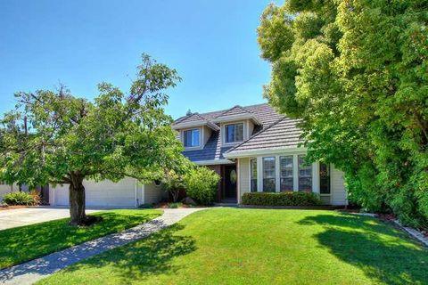 Photo of 6 Rivershore Ct, Sacramento, CA 95831