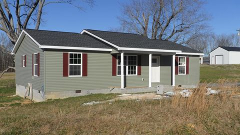 90 Jacobs St, McMinnville, TN 37110