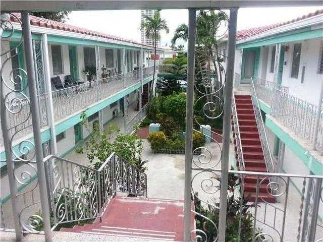 7300 byron ave apt 15 b miami beach fl 33141 home for sale real estate. Black Bedroom Furniture Sets. Home Design Ideas