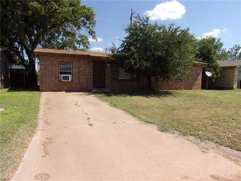 Photo of 4418 Clover Ln, Abilene, TX 79606