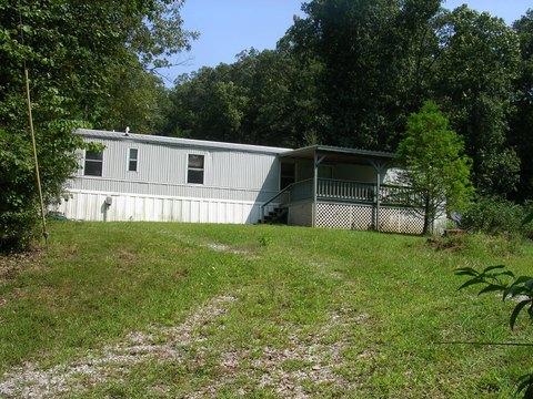 215 Benton Church Rd, Grantsburg, IL 62943