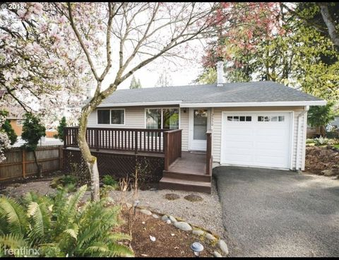 Photo of 2650 Sunset Ave, West Linn, OR 97068
