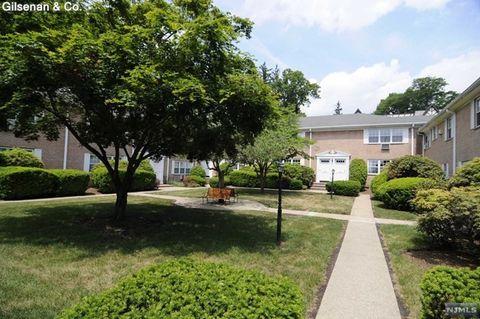 45 Maltbie Ave Apt 3 B Midland Park NJ 07432